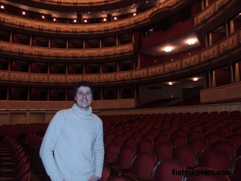 Escenario principal de la Ópera de Viena