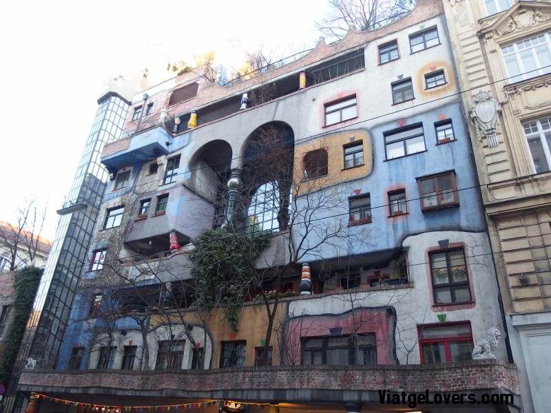 Edificos Hundertwasserhaus