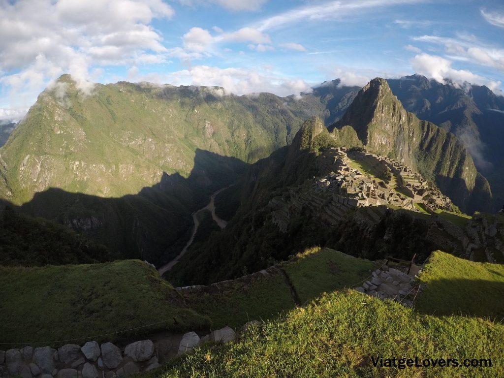 Yendo al balcón del Inca todavía se pueden ver estas impresionantes vistas