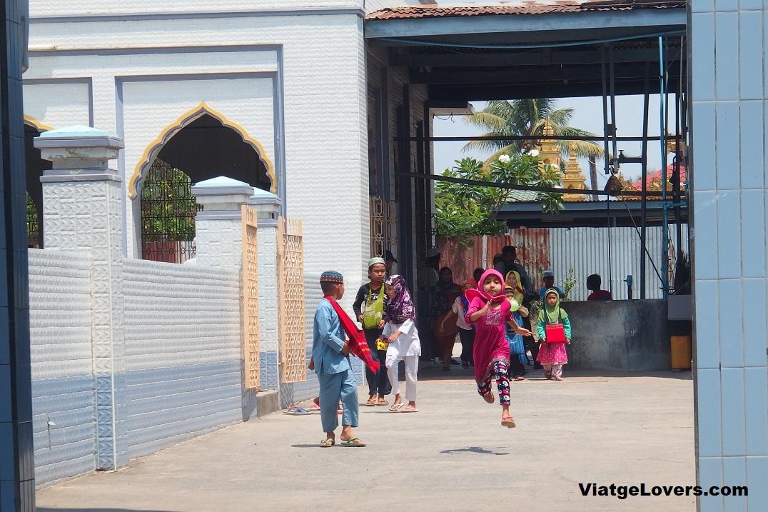 Mezquita en Hsipaw, ViatgeLovers.com