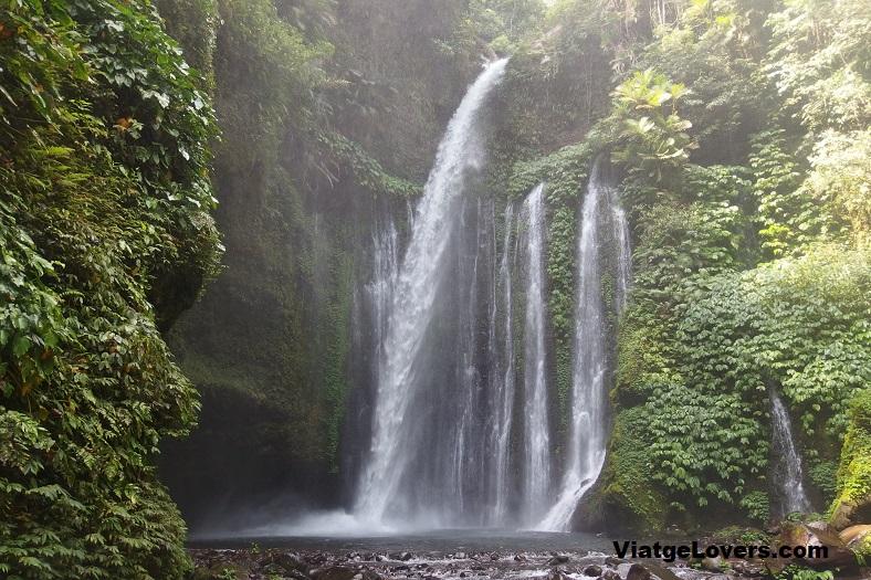 Impresionantes cascadas en Senaru, Lombok