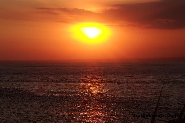 Sunset en Nusa Lembongan....a 2 minutos de nuestro alojamiento
