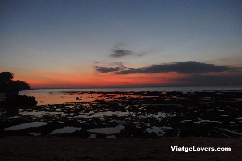 Anochecer en Nusa Lembongan