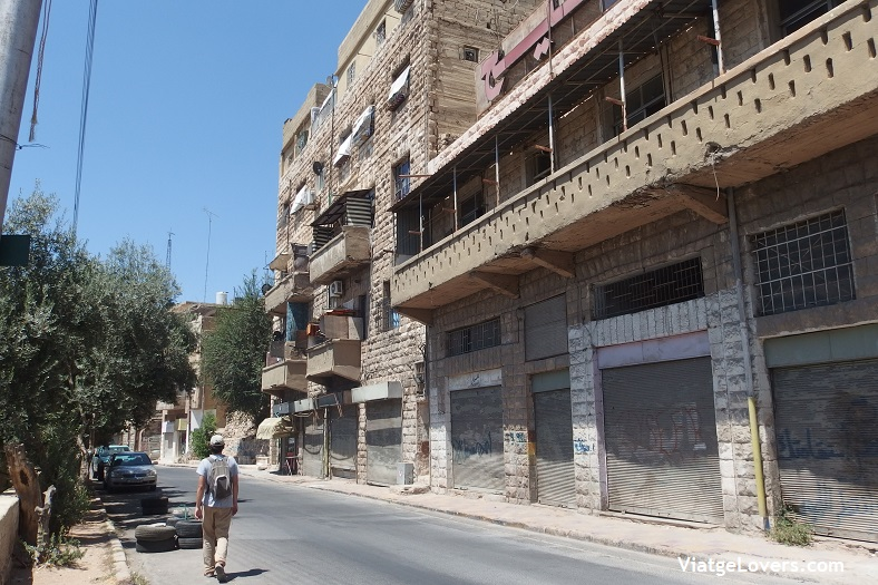 De camino a la Ciudadela de Amman -ViatgeLovers.com