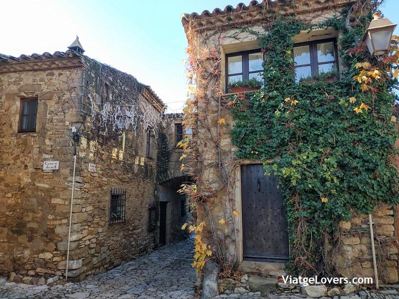 Pueblos de interior del Baix Empordà -ViatgeLovers.com