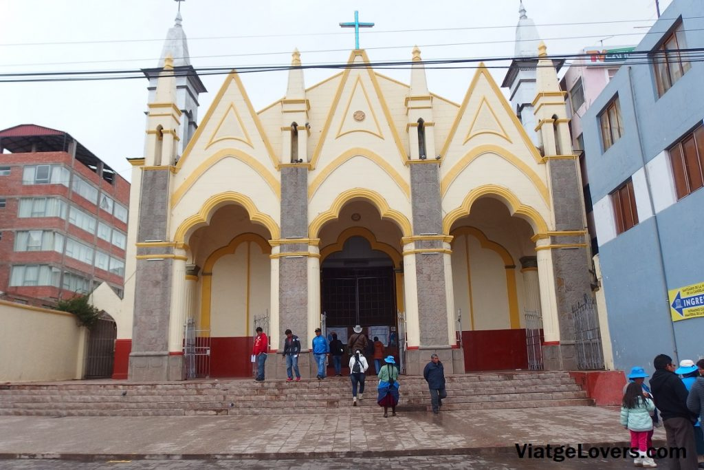 Iglesia San Juan de Puno. Perú -ViatgeLovers.com