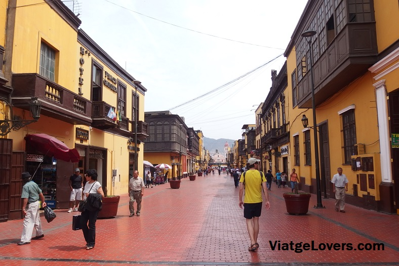 Calle turística de Rimac. Lima. Perú -ViatgeLovers.com