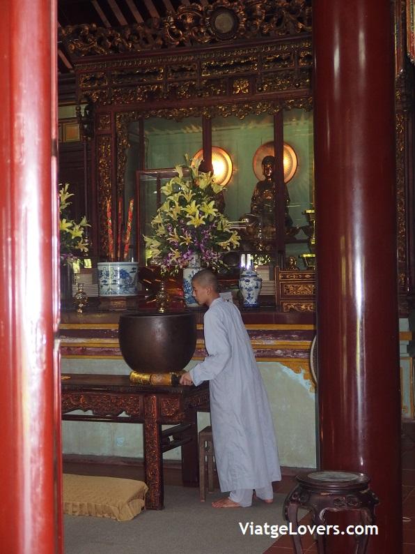 Pagoda Thien Tu. Vietnam -ViatgeLovers.com