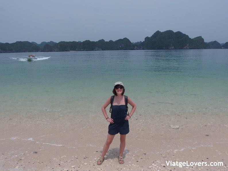 Monkey Island. Vietnam -ViatgeLovers.com