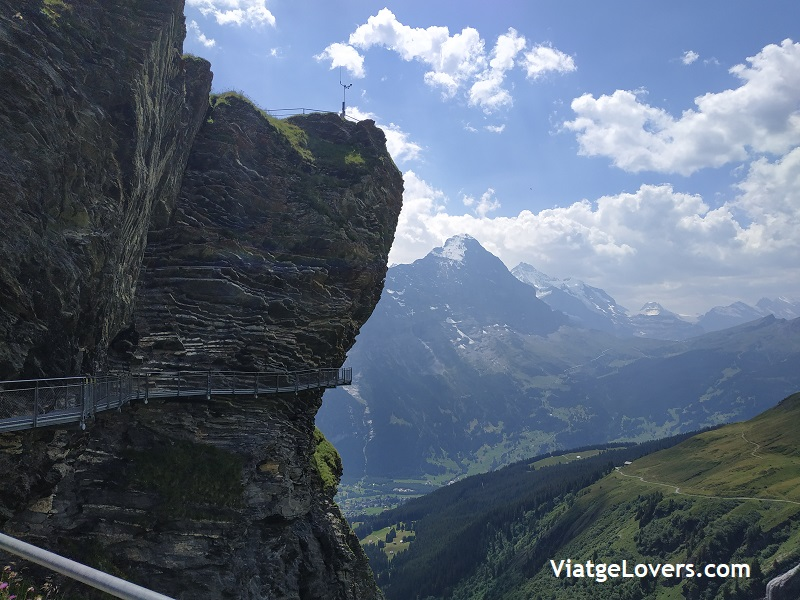 Lake Bachalp. Roadtrip por Suiza -ViatgeLovers.com