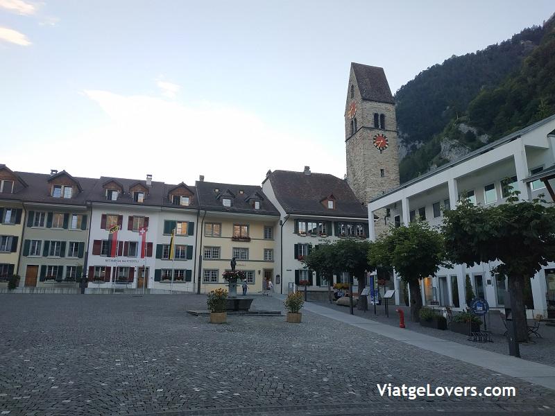 Unterseen. Roadtrip por Suiza -ViatgeLovers.com